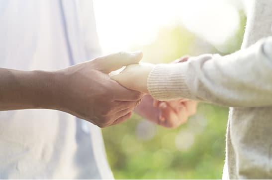 福岡で有名な結婚相談所は代表の井之上が徹底的に婚活をサポート