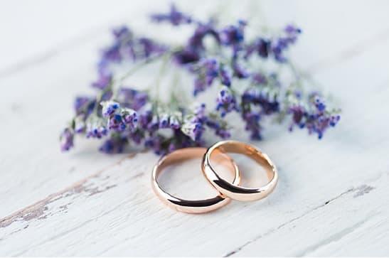 福岡の結婚相談所で希望の相手のプロフィールを登録してお見合い